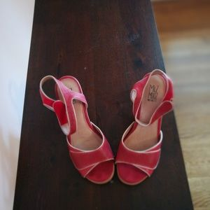 Miz mooz open toe shoes